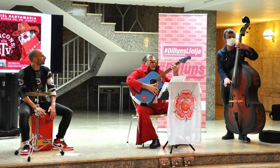 Jordi Salvadó, Ariel Santamaria i Kanyi Canyissà cançons frtv